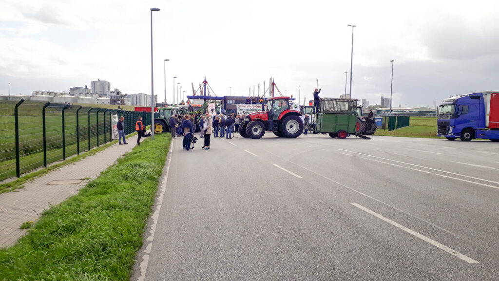 Stoppt-Mercosur-Demo-Hafen-Brake-1
