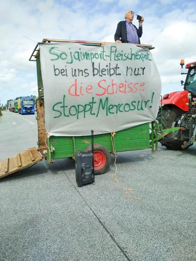 Stoppt-Mercosur-Demo-Hafen-Brake-5